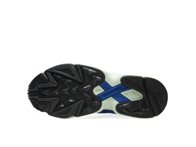 adidas yung_1 sesamegrey chalk white aq0902 купить